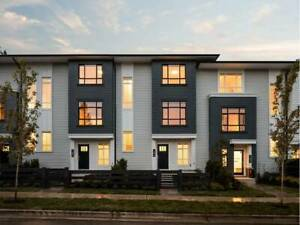 Beauitful Brand New 3 Bed 2.5 Bath TownHome For Rent (Fleetwood)