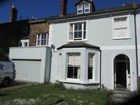 DOUB.ROOM/AVAILABLE FOR COUPLES/CRYSTAL PALACE AREA/GRAND VICTORIAN HOUSE/PROF. KITCHEN/HUGE GARDEN/