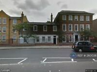2 bedroom flat in Twickenham Road, Isleworth, TW7 (2 bed)
