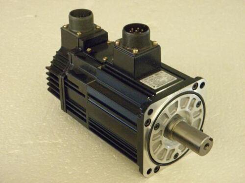 Hurco CNC milling machine Yaskawa AC servo motor SGMSH-10ACA6C, with brake