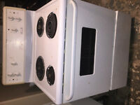 Frigidaire stove great working condition