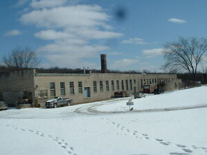 2000'  in historic stone  mill building in Campbellford