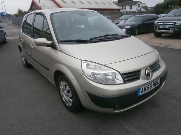 renault megane scenic 1 5 dci 106 oasis gold 2006 in portsmouth hampshire gumtree. Black Bedroom Furniture Sets. Home Design Ideas