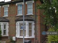 2 bedroom house in Cleaveland Road, Surbiton, Surrey, KT6 (2 bed)