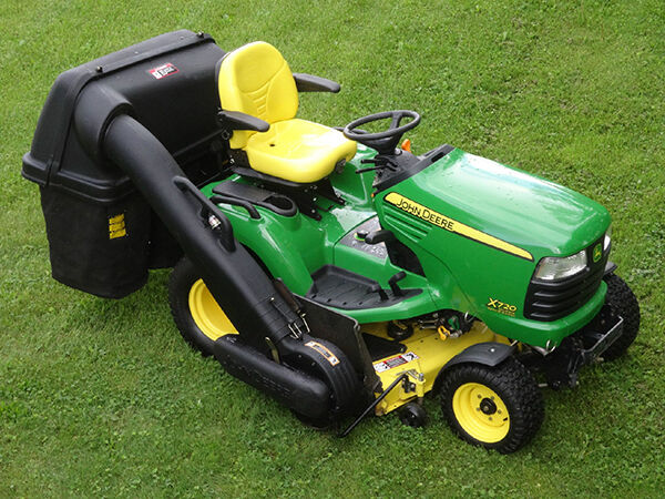 in their value garden tractor baggers help to pick up clippings as you mow your lawn the bigger the yard the bigger the bagger you need