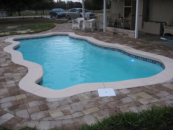 glasfaser pool selber bauen m belideen. Black Bedroom Furniture Sets. Home Design Ideas