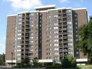 2 Bedroom Condo Apartment Located In The Heart Of Cooksville
