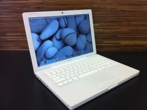 SPECIAL MACBOOK C2D 2.16GHZ 2G 120G  WEBCAM WIFI  plus