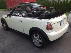 MINI COOPER CONVERTIBLE BEIGE 2010,75000 KM,16000$