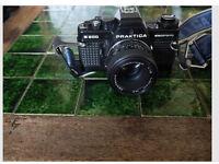 PRAKTICA B200 35mm SLR FILM CAMERA with fully Automatic Shutter Speed Control