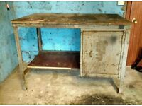 Metal workbench for workshop
