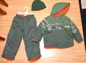 3T Old Navy Snow Suit