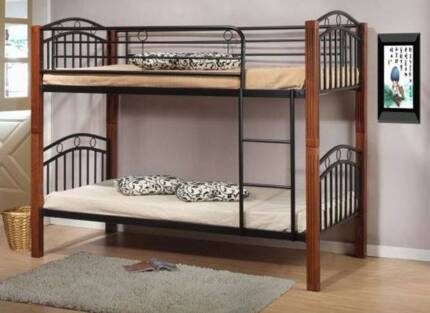 bunk/fridge/sofa/queen bed/shelf/table/chairs/desk/bed side table