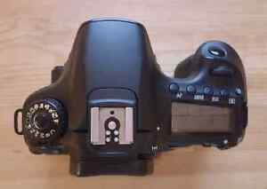 Canon 60D dslr Camera with 3 inch LCD screen + battery + strap Kingston Kingston Area image 4