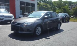 2014 Ford Focus SE Low KM! Bluetooth
