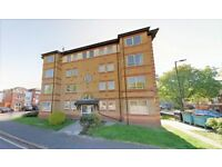 SPACIOUS TWO DOUBLED BEDROOM TOP FLOOR FLAT WITH SEPARATE LOUNGE AND KITCHEN AVAIL LAT JULY £360PW