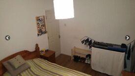 2 double rooms in quiet location