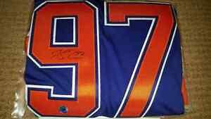 Connor McDavid Signed / Autographed Blue Edmonton Oilers Jersey