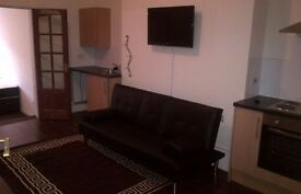 A super 1 bed flat with all bills included* with washing machine & fully furnished on London rd