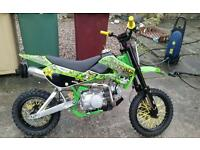 125 pit bike klx style with spare stomp engine