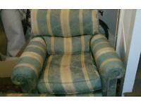 2 seater and 1 seater Sofa free to collect