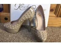 Nude stud shoes