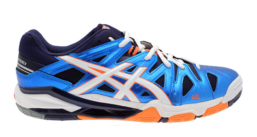 mizuno or asics volleyball shoes