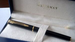 WATERMAN-APOSTROPHE-BLACK-amp-GOLD-BALLPOINT-PEN-NEW-IN-BOX