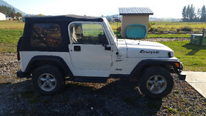 2000 Jeep TJ 4.0 5spd with 3 tops