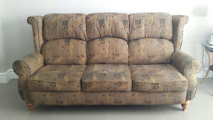 Sofa, Chaises Inclinable, DOIT VENDRE/Couch, Recliners MUST SELL