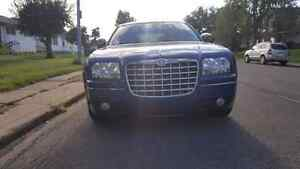 Chrysler300 2010  94000km only $***7450***