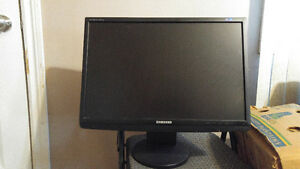 "Samsung Syncmaster 2243wm 22"" LCD monitor for sale!"