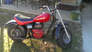 selling my mini baja dirtbike runs great call 7808025062