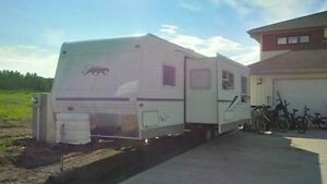 2004 Puma 29BHS Travel Trailer For Sale.