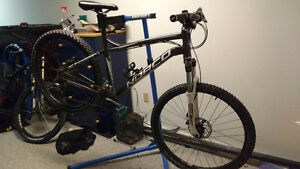 2013 Hard-tail Norco Storm 6.1 Mountain Bike 24-Speed