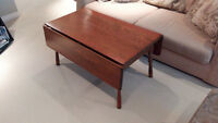 VINTAGE SOLID WOOD DROP LEAF COFFEE TABLE