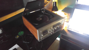 Record Player - Yorx AM/PM Receiver Stero Cassette Record Player