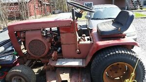 WHEEL HORSE GARDEN TRACTOR FOR SALE