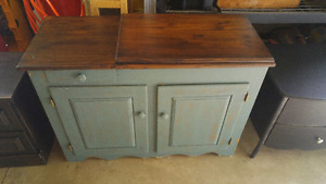 Solid wood perfect condition