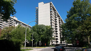 $700-BIG 31/2 apartment for lease assignmet on 135 Blvd Deguire