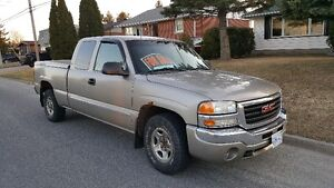 2003 GMC Sierra 1500 Pickup Truck, Extended Cab