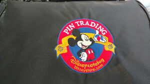 Large disney trading pins collection with 2 cases Cambridge Kitchener Area image 9