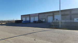 $5/psf Shop / Warehouse in Edson 1250 - 3000 Sqft
