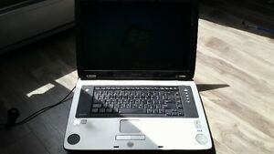 Intel 3.07 Dual/1GB Ram/80GB HD/Win 7 Home PRE