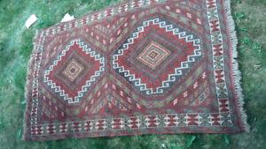 Oriental wool rug 6' x 4'