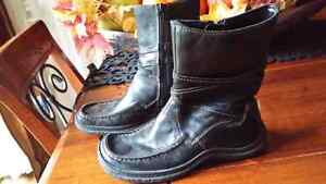 Winter black leather boots size 36 fits 6-6 1/2 Cambridge Kitchener Area image 1