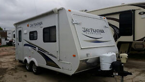 2012 FEATHER LITE X19 HYBRID (FINANCING AVAILABLE)