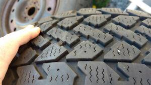 Pneu d'hiver a vendre/ winter tires Gatineau Ottawa / Gatineau Area image 1