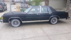 1985 ford crown victoria  351w
