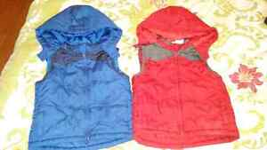 Hooded vests size 3x